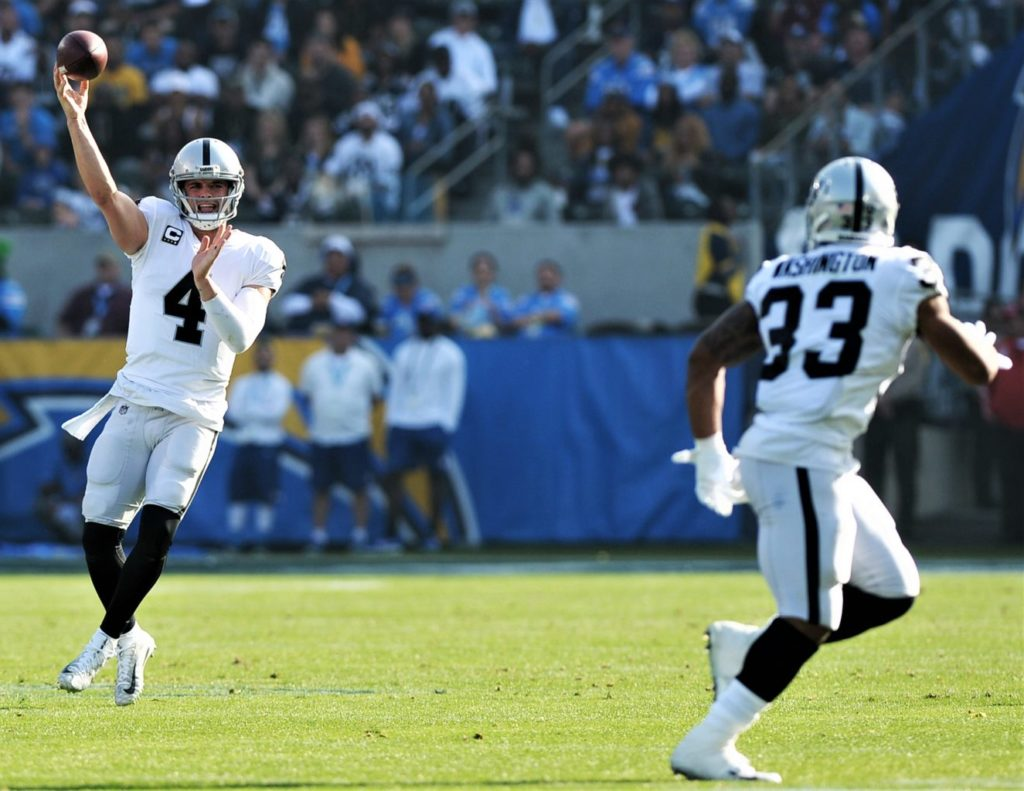 Oakland Raiders Carr